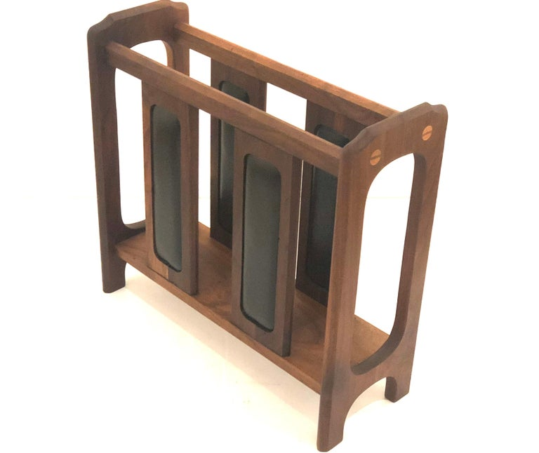 American Midcentury Solid Walnut Magazine Rack in the Style of Umanoff For Sale 1