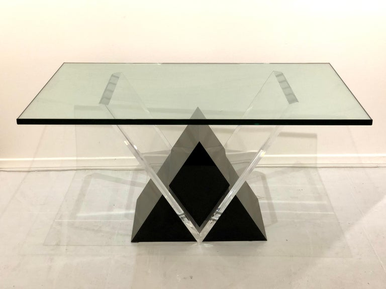 American Mid-Century Modern Lucite and Glass Coffee Table For Sale