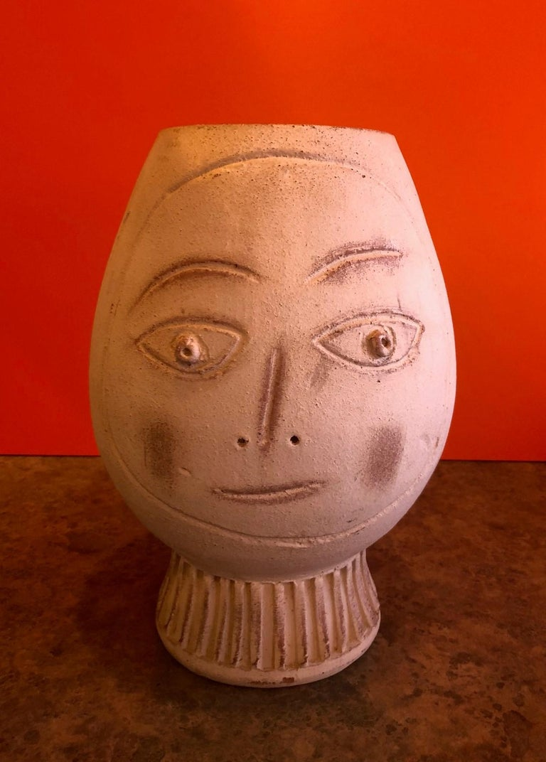 American Figural Pottery Vase in the Style of Pablo Picasso For Sale