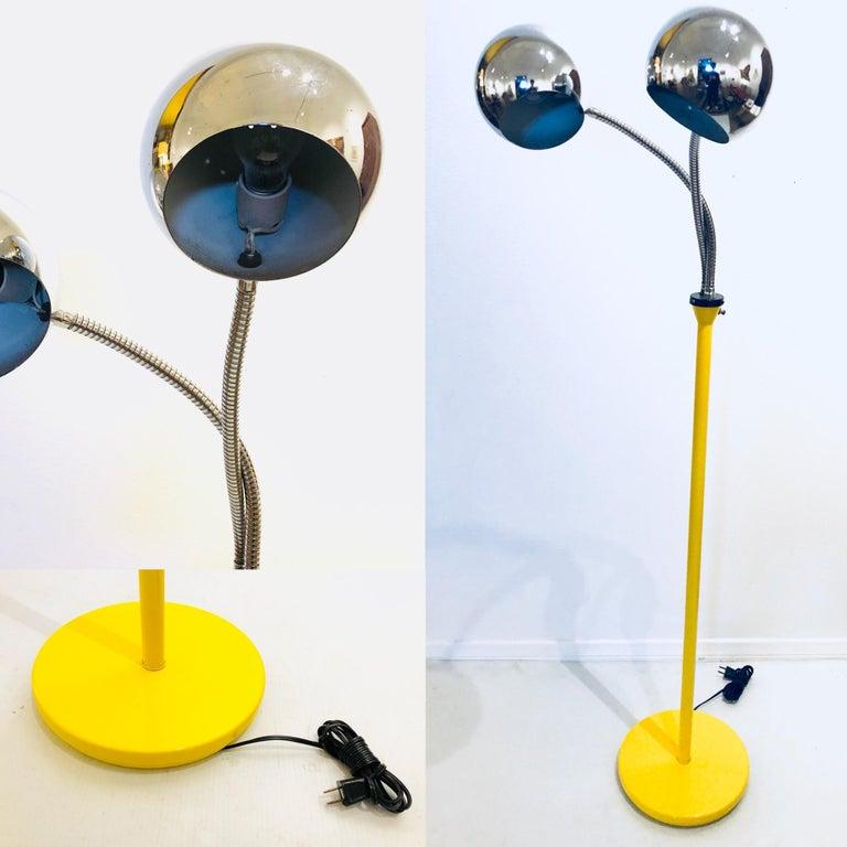 20th Century Space Age Gooseneck Double Head Multi-Position Floor Lamp For Sale