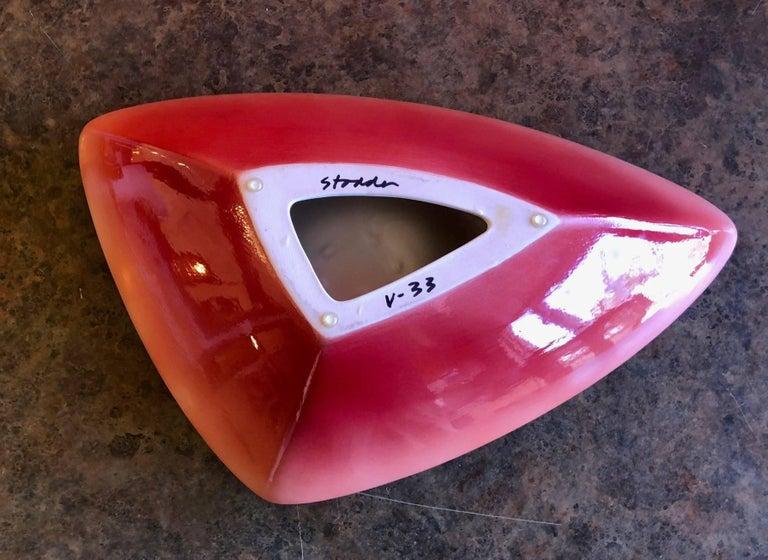 V-33 Model Earthenware Bowl by Fred Stodder For Sale 2