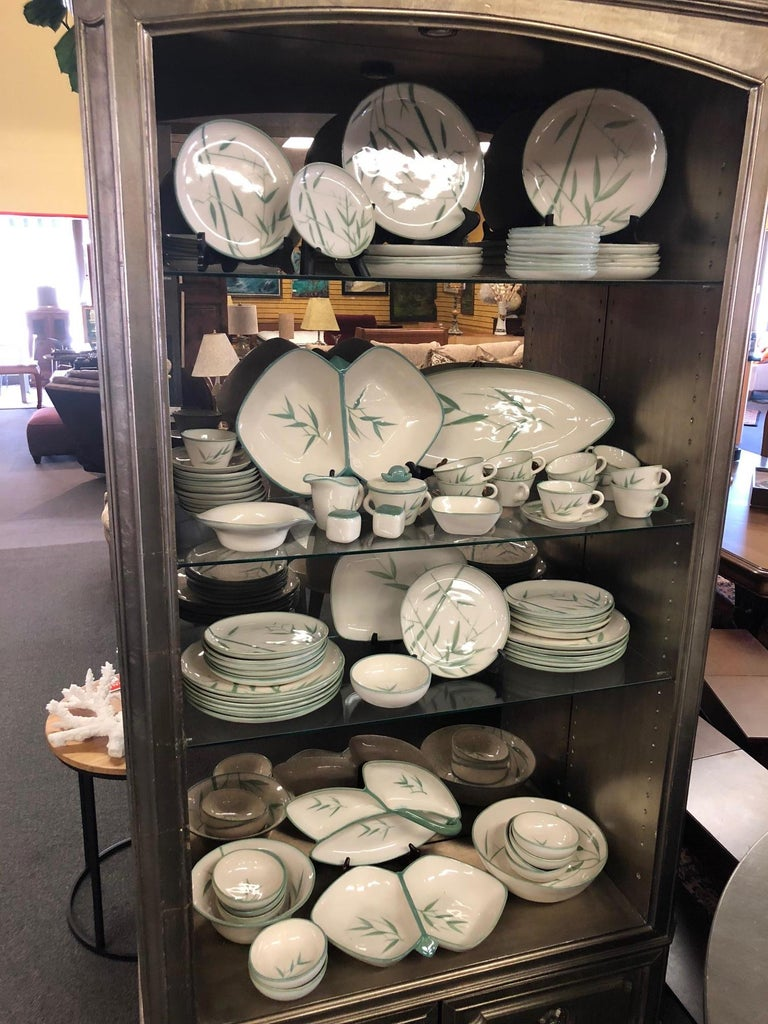 Wonderful 99 piece set of California dinnerware by Winfield Pottery Company of Pasadena, circa 1950s. The pattern is