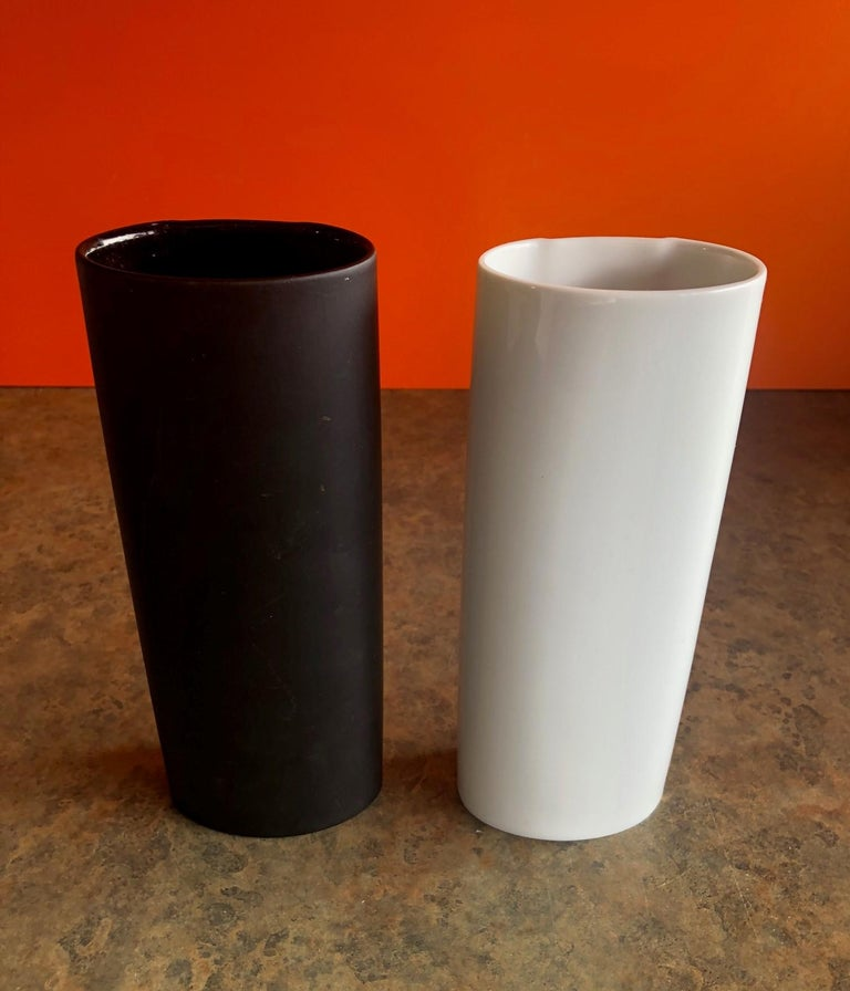 Pair of Studio Line Vases by Bjorn Wiinblad for Rosenthal In Good Condition For Sale In San Diego, CA