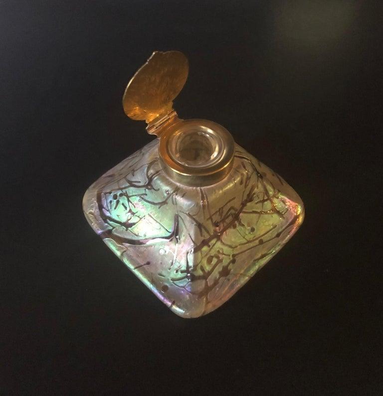 Iridescent Art Nouveau Art Glass Inkwell by Loetz For Sale 4