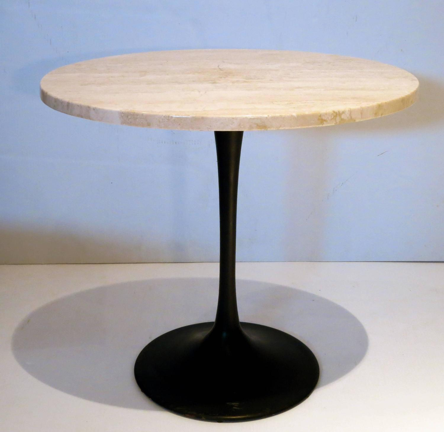 1970s Marble And Black Enameled Metal Base Oval Cocktail