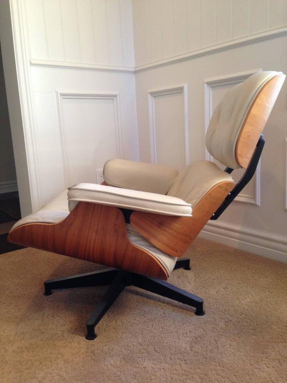Herman Miller Eames Lounge Chair And Ottoman Model 670