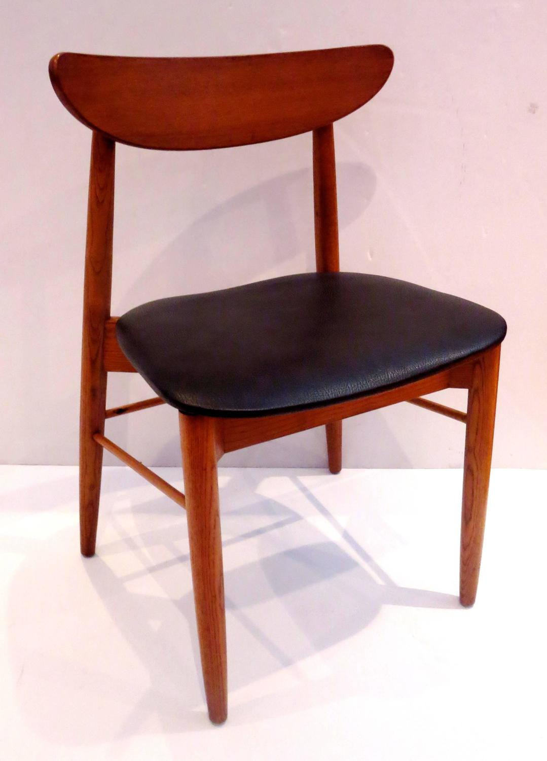 Classic mid century danish modern set of six curved back for Modern classic dining room furniture