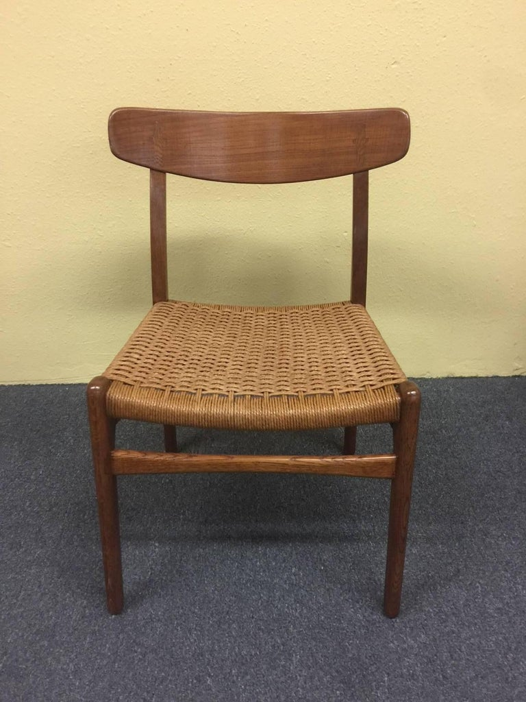 Mid-Century Modern Set of Four Teak/Oak Dining Chairs with Rope Seats, Hans Wegner for Carl Hansen For Sale