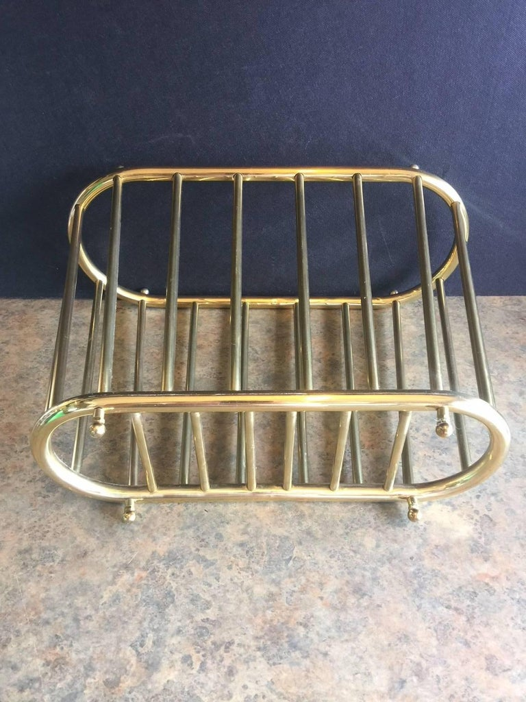 """Vintage Brass """"Spoke Style"""" Magazine Rack In Good Condition For Sale In San Diego, CA"""