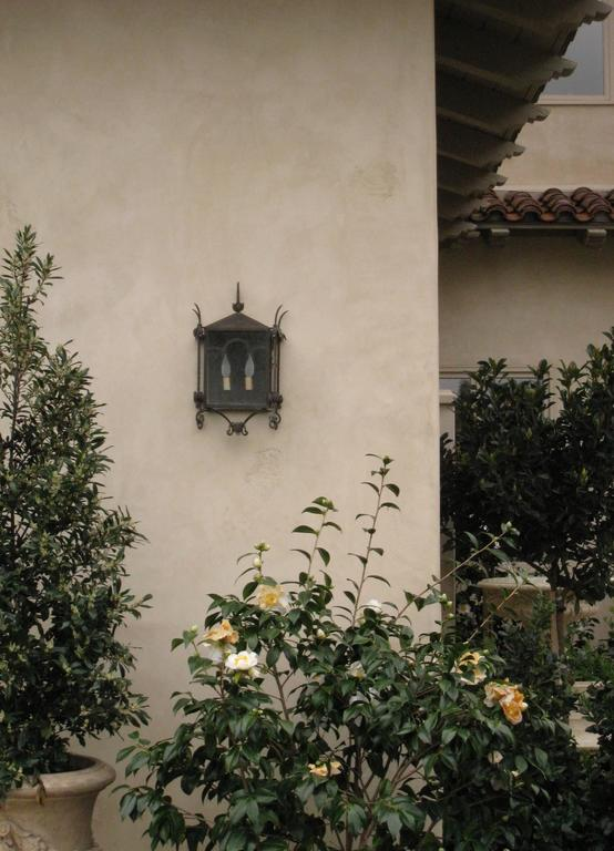 Exterior Iron Wall Mount  For Sale 1