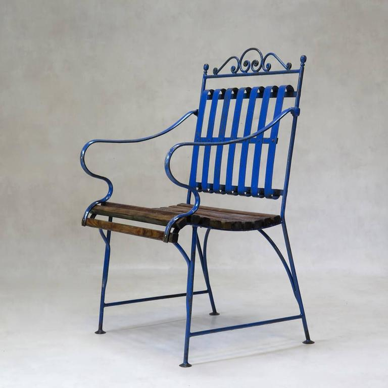 Lovely French 1930s Wrought Iron and Wood Garden Table with Four Armchairs For Sale 3