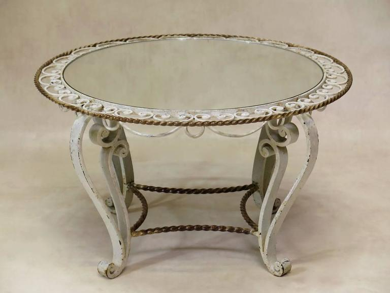 French Round Art Deco Coffee Table, France, 1940s For Sale