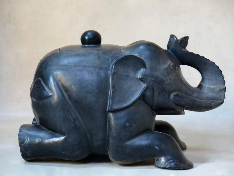 Large Ebonized Wooden Elephant Chest, circa 1940s For Sale 1