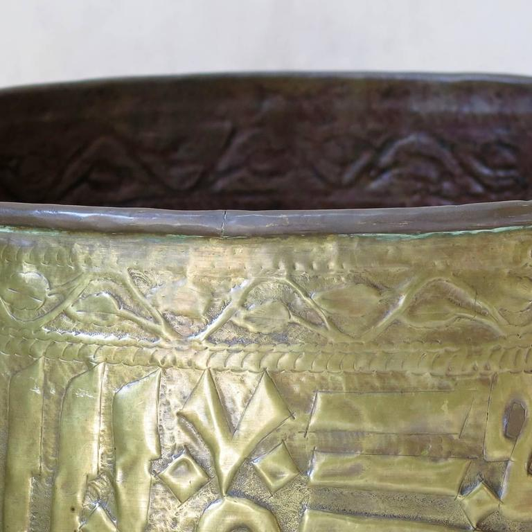 Unknown Large Pair of Oriental Copper Pots, circa 1930s For Sale