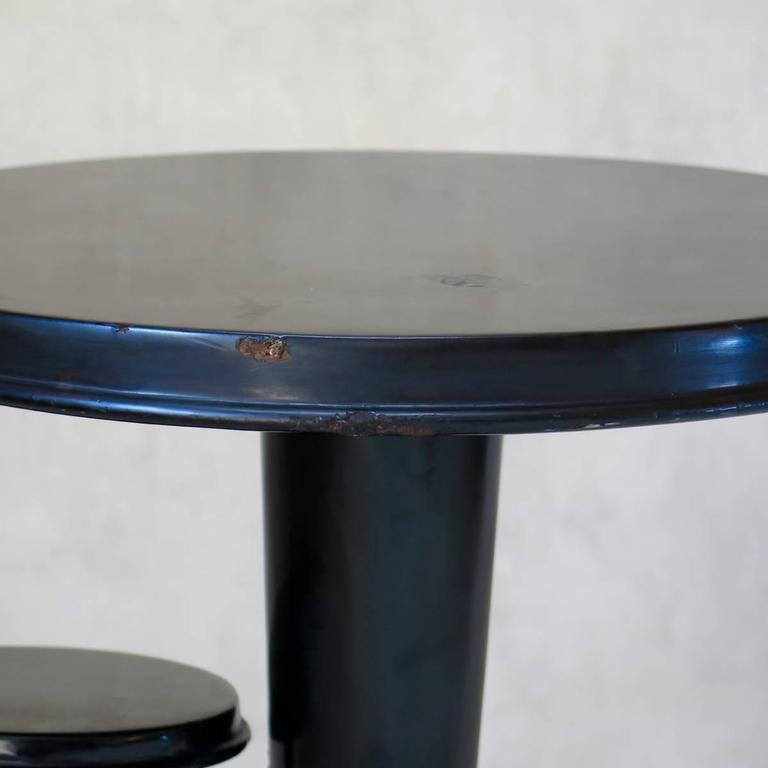 French Art Deco Lacquered Gueridon, France, circa 1930s For Sale