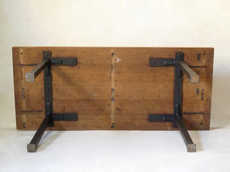 Minimalist 1940s Iron and Oak Table, France For Sale 4