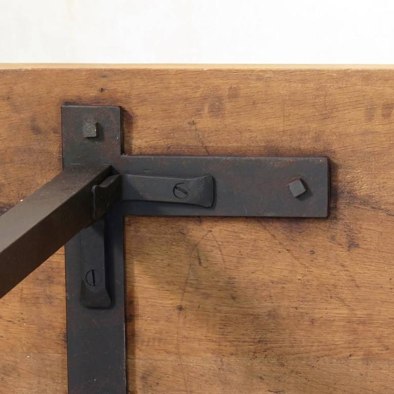 Minimalist 1940s Iron and Oak Table, France For Sale 5