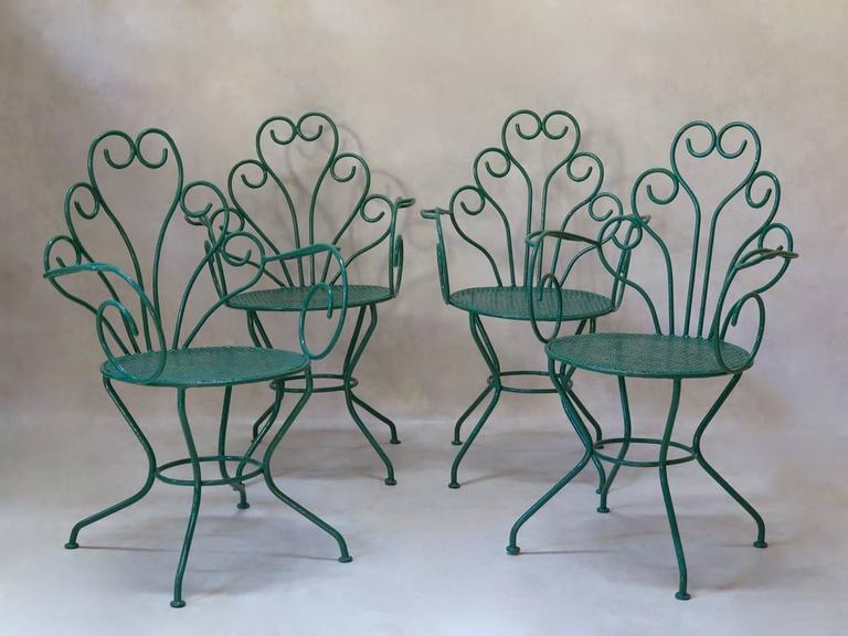 French 1950s Painted Iron Garden Set For Sale 1
