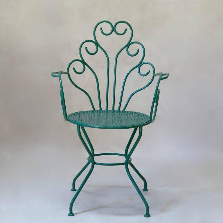 French 1950s Painted Iron Garden Set For Sale 2