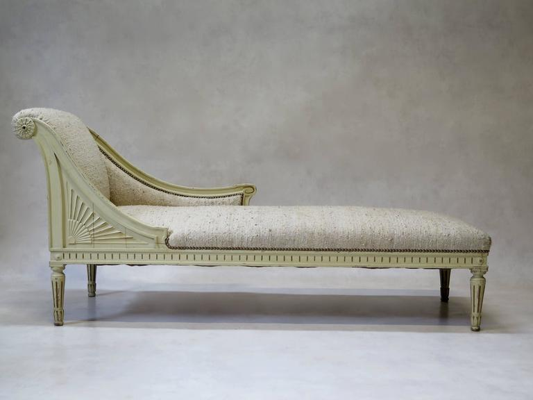 louis xvi style chaise longue france circa 1920s for sale at 1stdibs. Black Bedroom Furniture Sets. Home Design Ideas