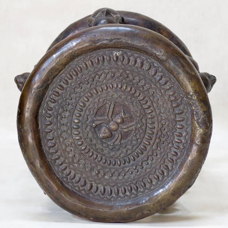 Bronze Tikar Lost Wax Stool from Cameroon For Sale 1