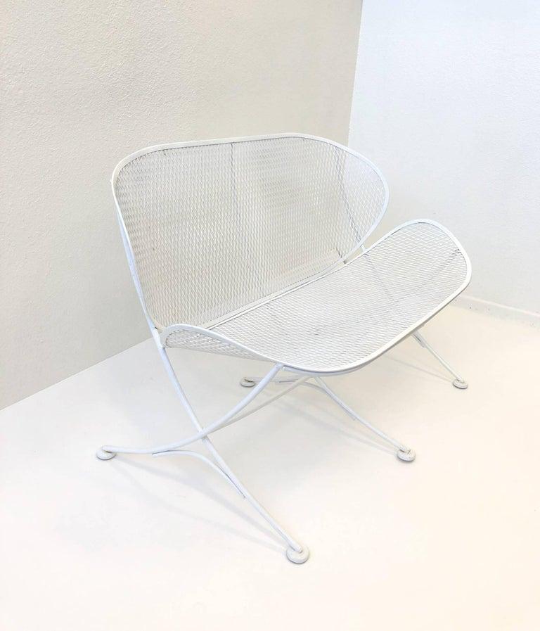 White Lacquer Outdoor Settee Sofa by Maurizio Tempestini for Salterini For Sale 2