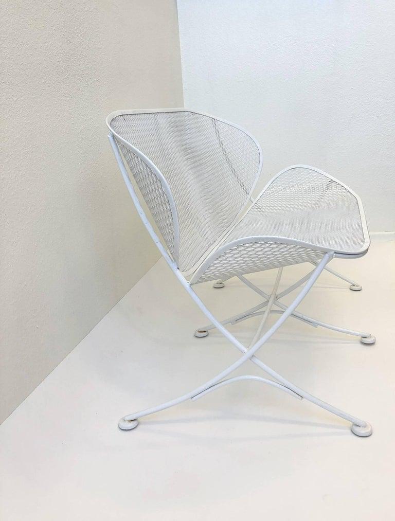 White Lacquer Outdoor Settee Sofa by Maurizio Tempestini for Salterini For Sale 3