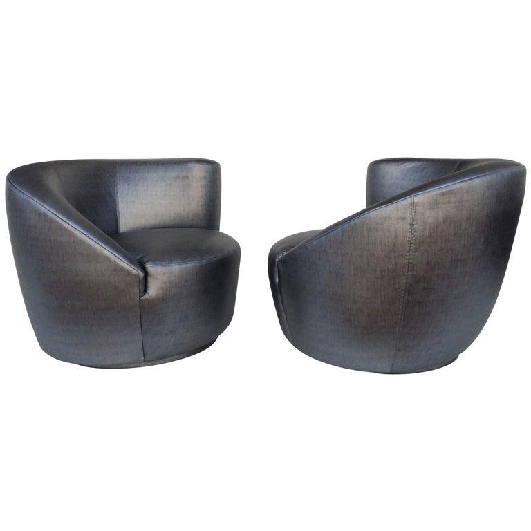 Pair of Swivel Chairs Lounge Chairs by Vladimir Kagan