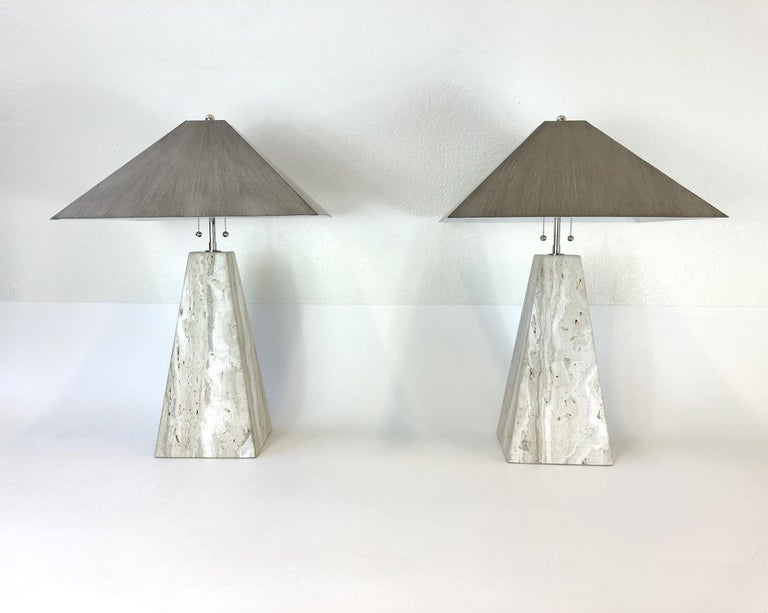 Lacquered Pair of Italian Travertine and Polish Nickel Obelisk Shape Table Lamps  For Sale