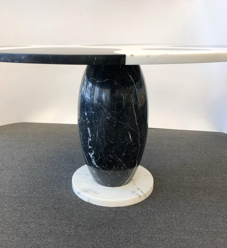 Late 20th Century Italian Carrara and Black Marble Dining Table  For Sale