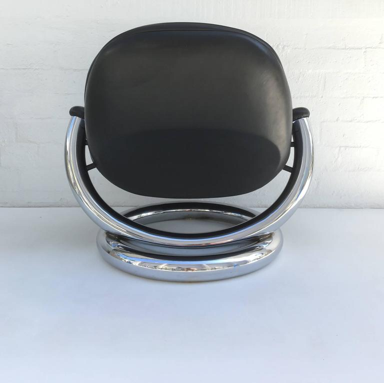 Late 20th Century Chrome And Black Leather Anaconda Lounge Chair By Paul  Tuttle For Sale