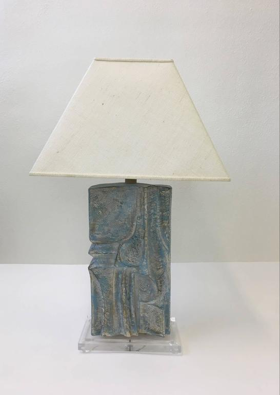 American Brutalist Acrylic and Plaster Table Lamp by Casual Lamps For Sale