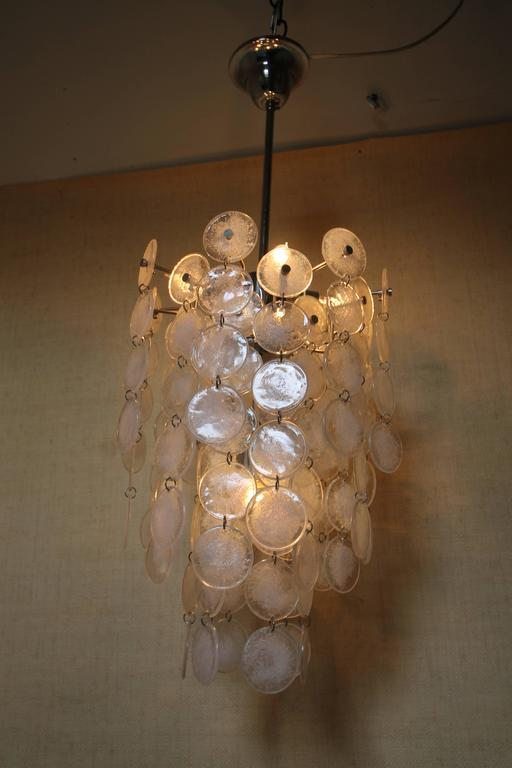 Murano Mazzega Cascading Clear and White Glass Disk Chandelier In Good Condition For Sale In Dallas, TX