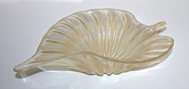 Large Murano Italian Gold Glass Leaf Shaped Centerpiece Bowl For Sale 3