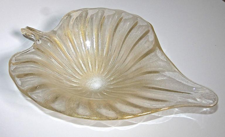 Large Murano Italian Gold Glass Leaf Shaped Centerpiece Bowl For Sale 4