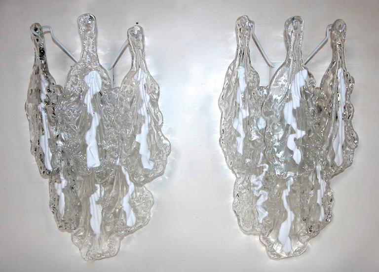 Pair of Mazzega Murano Clear White Textured Glass Sconces For Sale 4