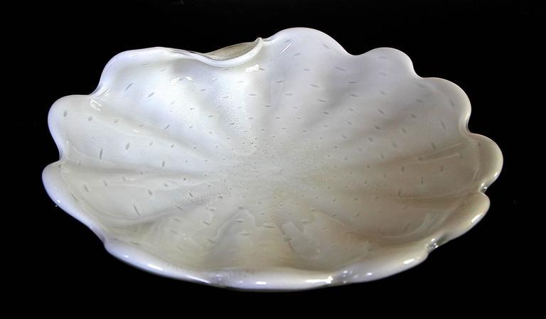 Mid-Century Modern Large Murano Barbini White Gold Bubbles Centerpiece Bowl For Sale