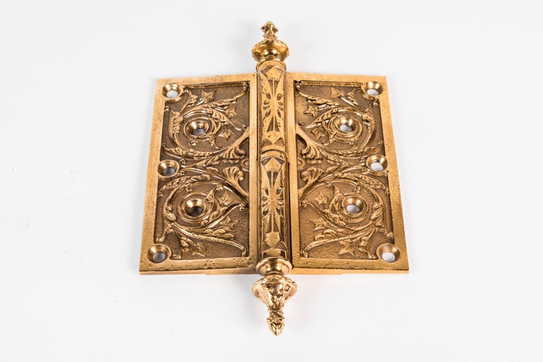 Two Victorian Cast Brass Hinges In Excellent Condition For Sale In Los Angeles, CA