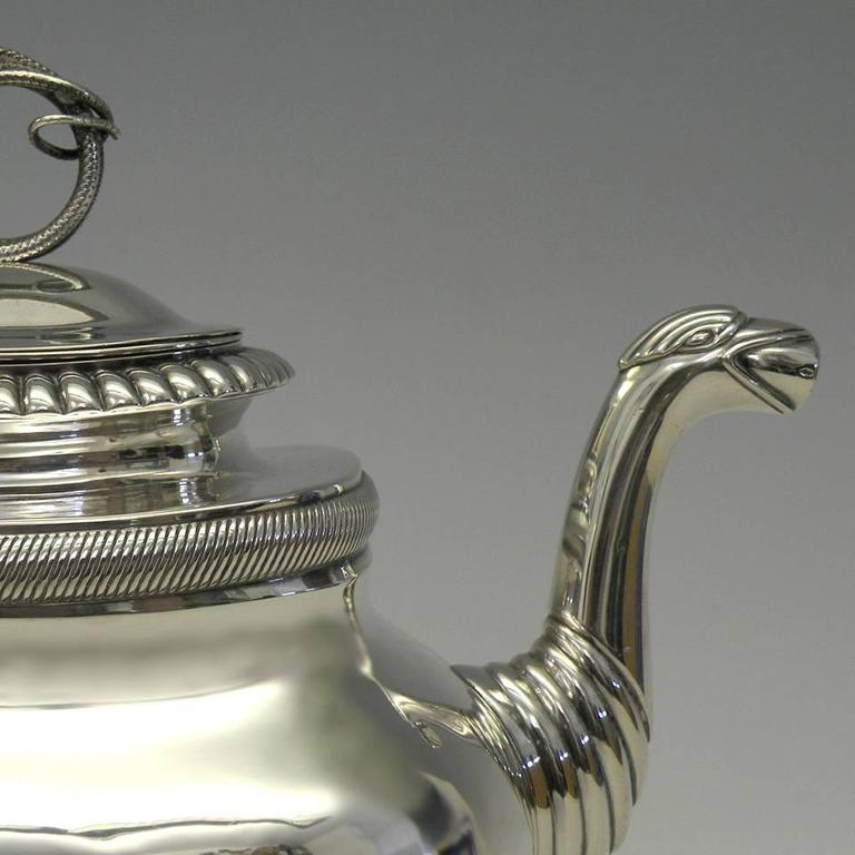 Gorgeous Sterling Coffee Pot by Albertus Homan Circa 1830s In Good Condition For Sale In Litchfield, CT