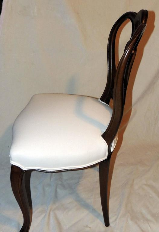 Wonderful Shield Back Set of Six French Leg Carved Back Side Upholstered Chairs In Good Condition For Sale In Roslyn, NY