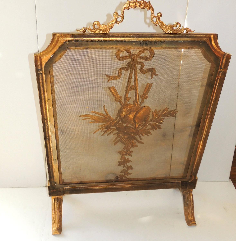 wonderful gilt dor bronze bow firescreen musical medallion fireplace screen for sale at 1stdibs. Black Bedroom Furniture Sets. Home Design Ideas