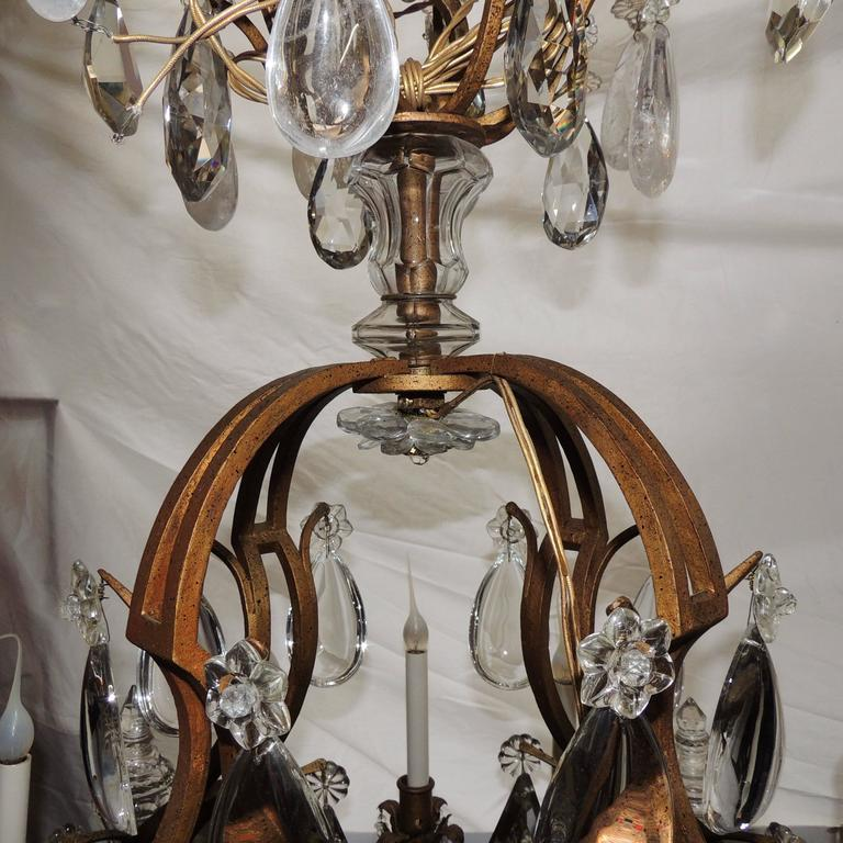 Early 20th Century Majestic Gilt French Twelve-Light Rock Crystal Large Chandelier Bagues Fixture For Sale