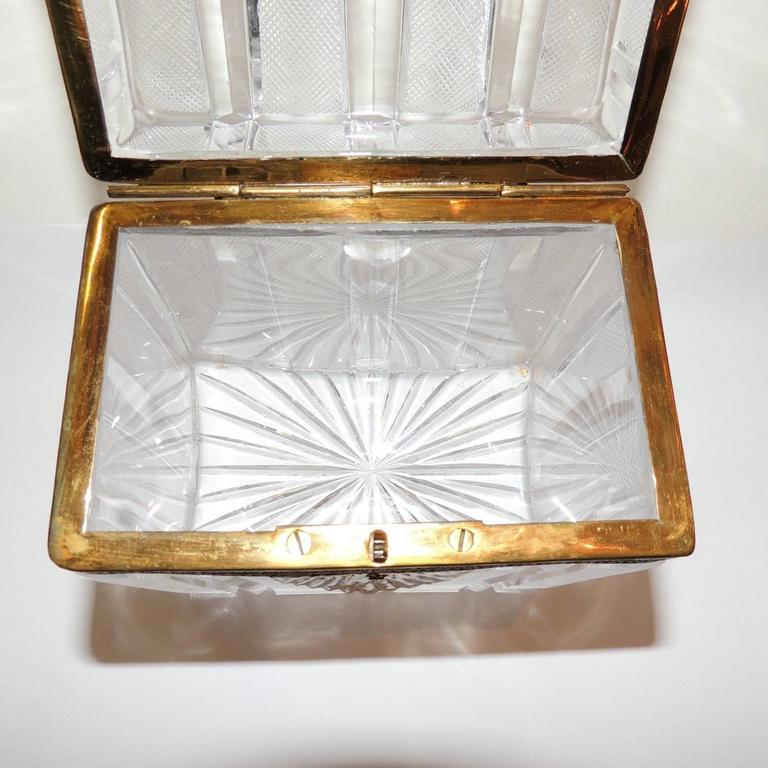 Wonderful French Faceted Etched Crystal Bronze Ormolu Mounted Casket Jewelry Box For Sale 2