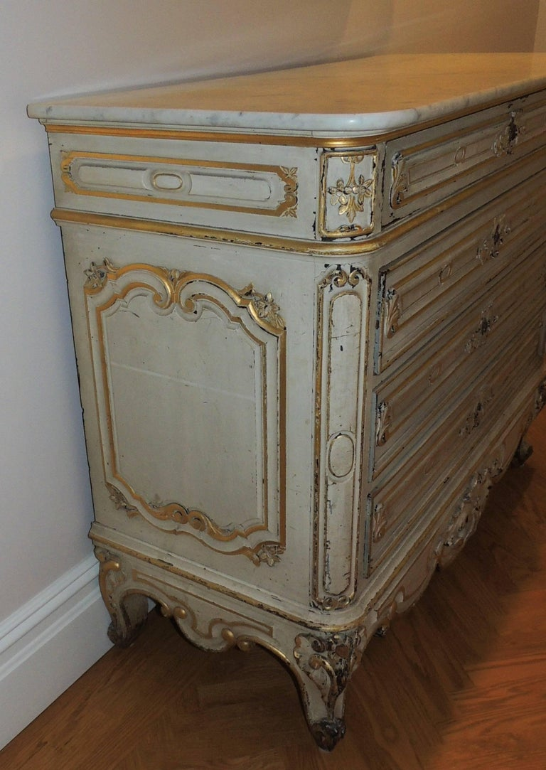 Wonderful White Wash Gilt Country French Dresser Chest Of
