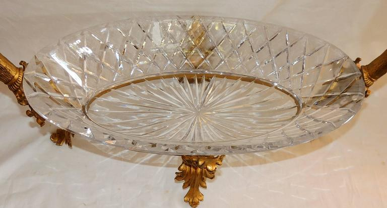 Wonderful French Doré Bronze and Cut Crystal Ormolu Swan Large Centerpiece Bowl In Good Condition For Sale In Roslyn, NY