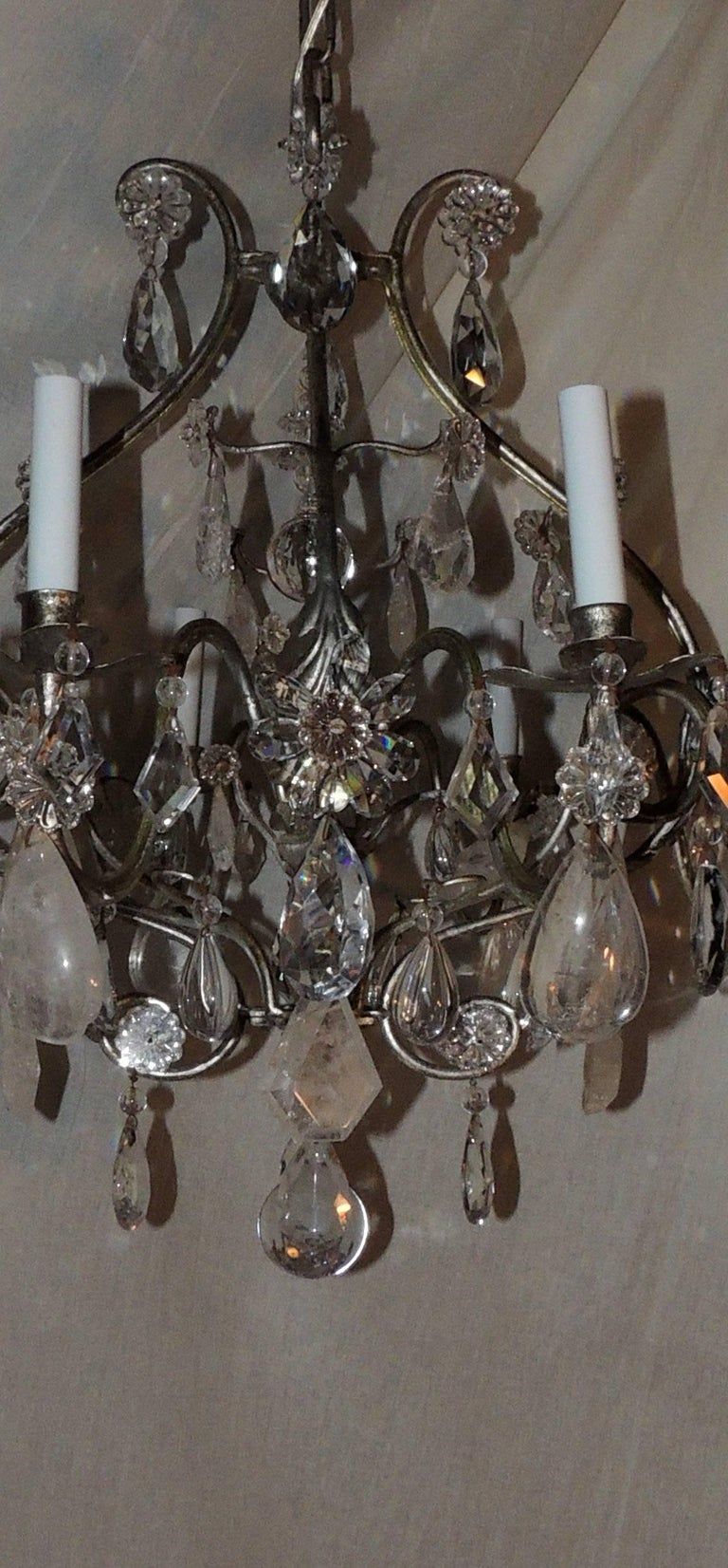 Transitional Silvered Gilt Bagues Eight-Light Rock Crystal Jansen Chandelier For Sale 2