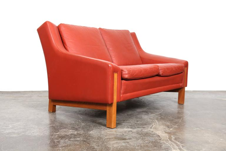 Mid-Century Modern Danish Red Leather Loveseat For Sale 1