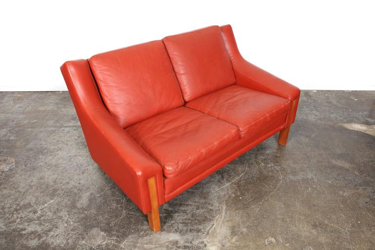 Mid-Century Modern Danish Red Leather Loveseat For Sale 3
