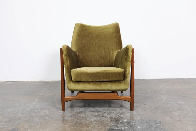 Danish Mid Century Lounge Chair With Wood Frame At 1stdibs