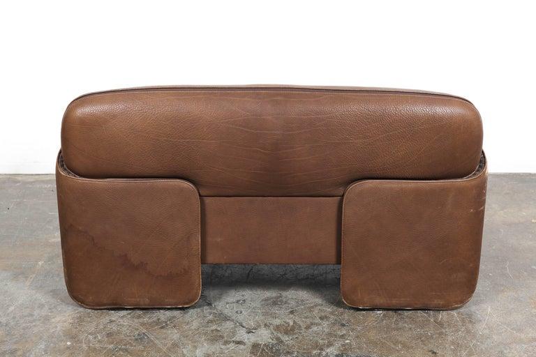 pair of leather sofas de sede of switzerland model 125. Black Bedroom Furniture Sets. Home Design Ideas